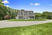 112 South Briar Patch Rd, East Hampton