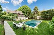 40 Fresh Pond Rd, Amagansett
