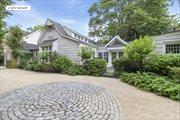 1904 Scuttle Hole Rd, Bridgehampton