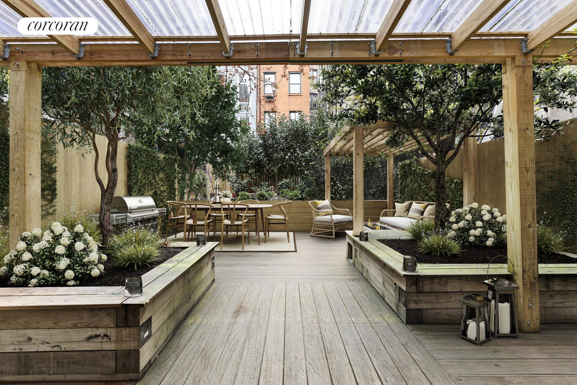 245 West 24th Street, GARDEN, PRIVATE OUTDOOR SPACE