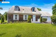 Hamptons Bays Rental For Water Lover, Hampton Bays