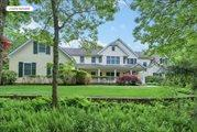 13 Old Hollow Ln, East Hampton