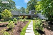 3 Old Orchard Ln, East Hampton