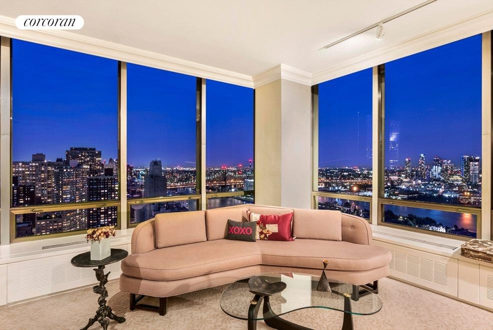 Master Suite w/ Evening View