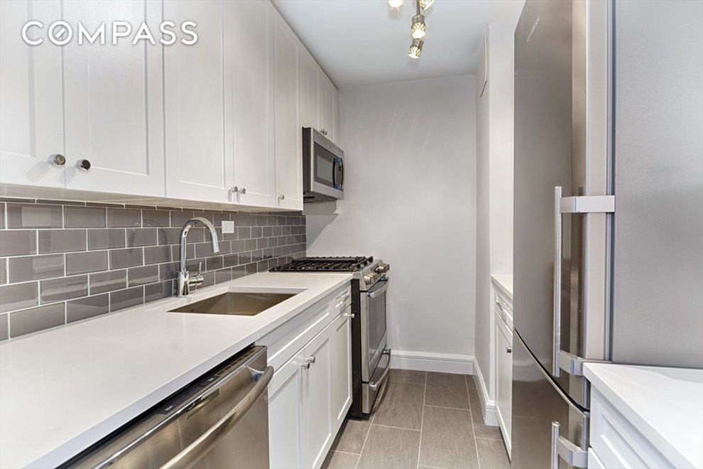 New York City Real Estate | View West End Avenue | room 2