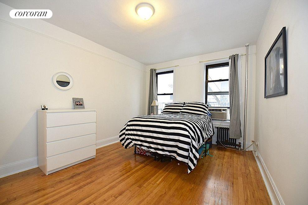 New York City Real Estate | View 31-70 34th Street, #3D | room 5