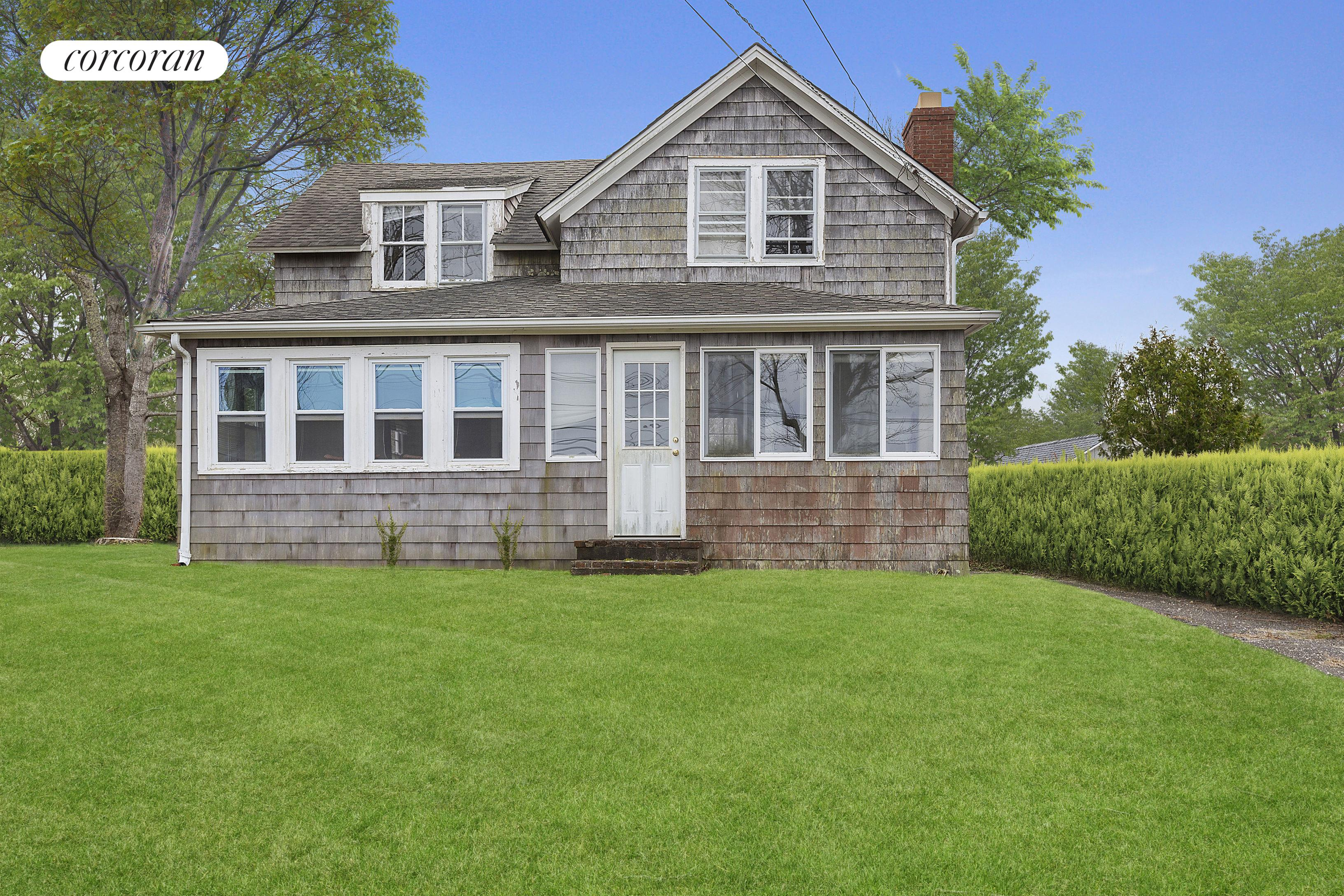 139 Sag Harbor Tpke, Select a Category