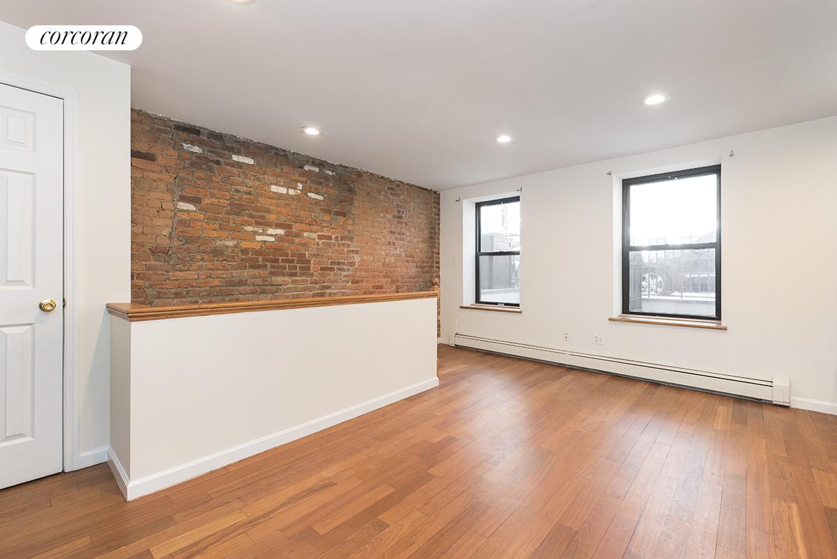 16-18 Charles Street Interior Photo