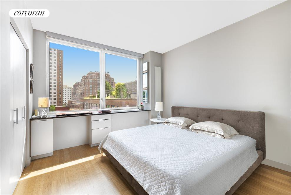 New York City Real Estate | View 450 West 17th Street, #1015 | room 1