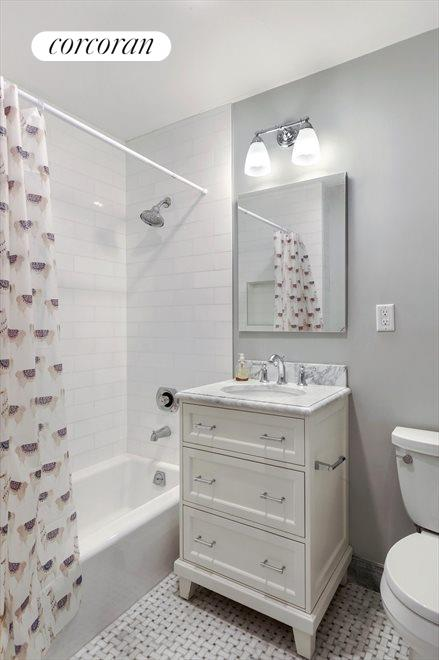 MARBLE SECOND BATHROOM