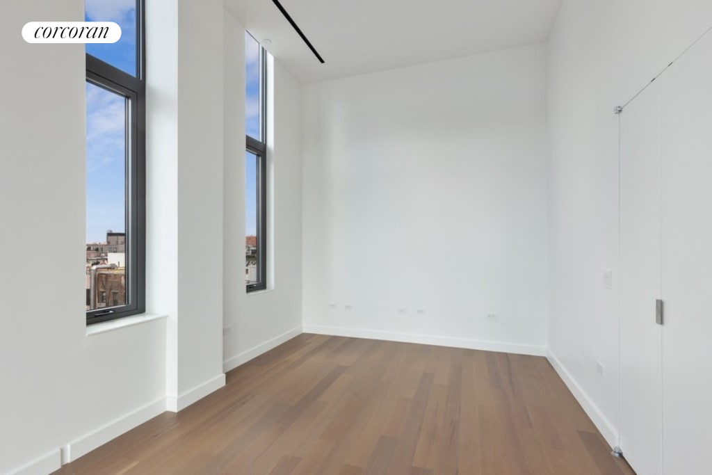 150 RIVINGTON ST, PHA, Living Room