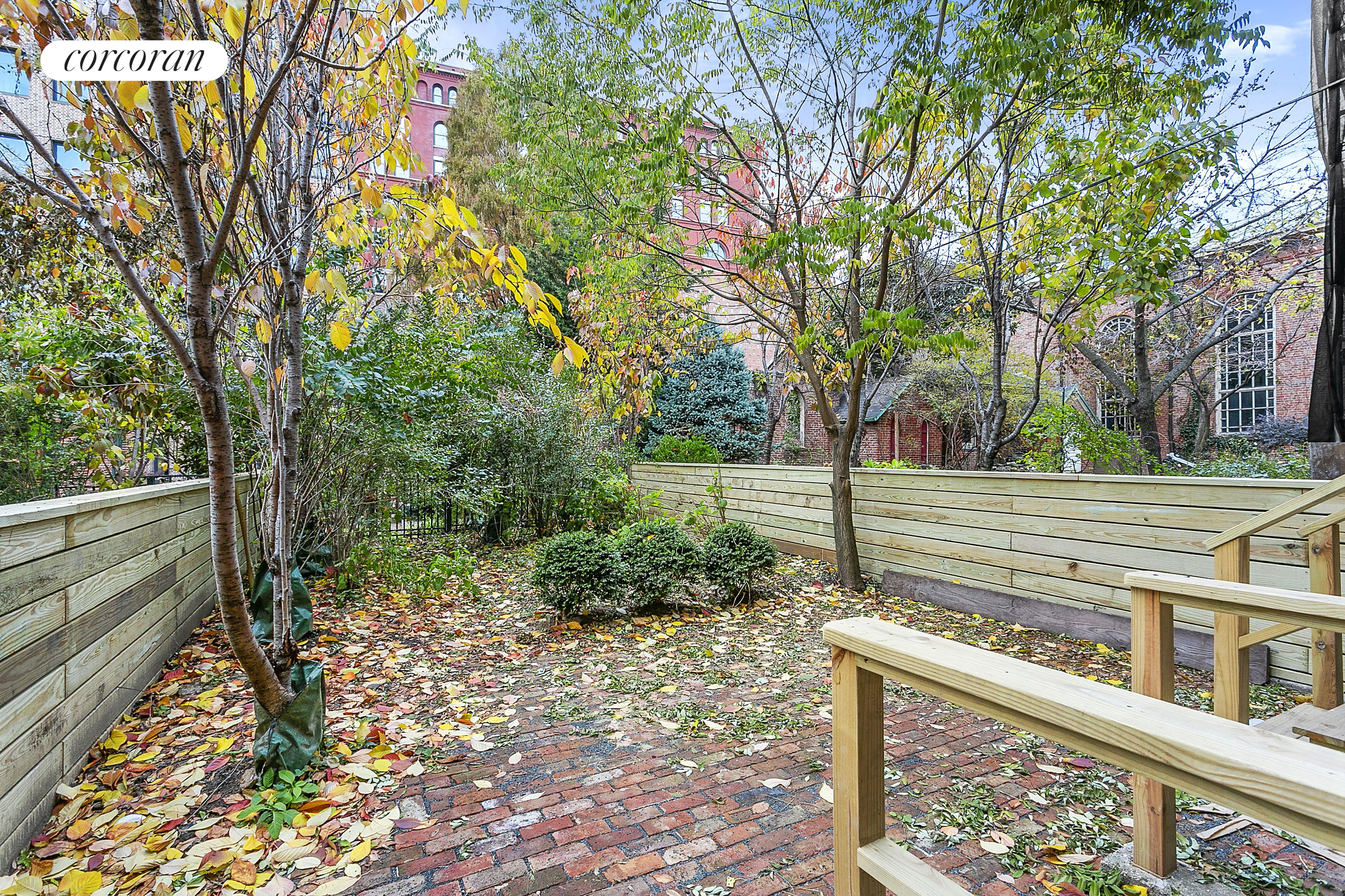 475 HUDSON ST, 1, Outdoor Space