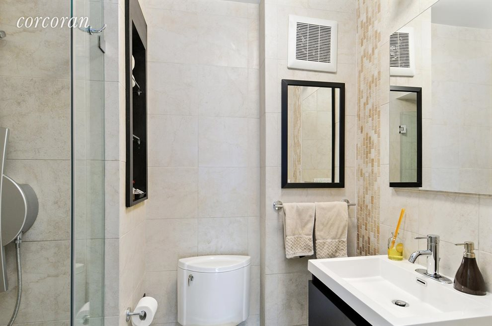New York City Real Estate | View 330 East 38th Street, #43D | Second Bathroom