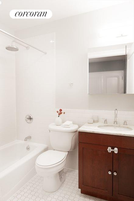 New York City Real Estate | View 207 22nd Street, #2A | Main Bathroom