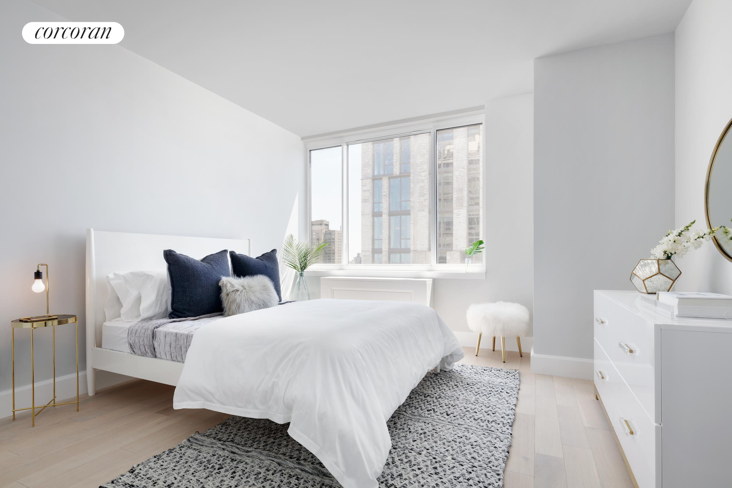 389 East 89th Street, 28A, Southern exposure w/ Empire State bldg views