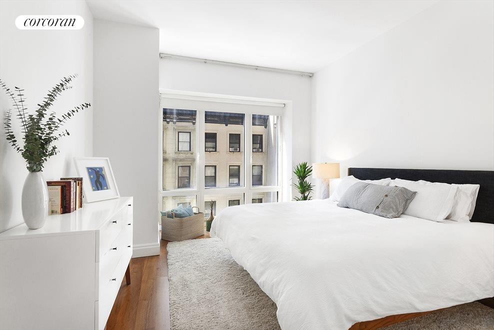 New York City Real Estate | View 33 West 56th Street, #6D | 3