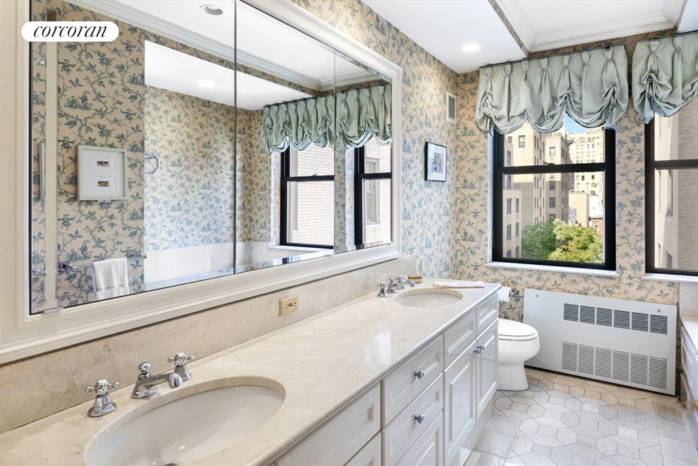 New York City Real Estate | View 610 Park Avenue, #9C | Master Bathroom