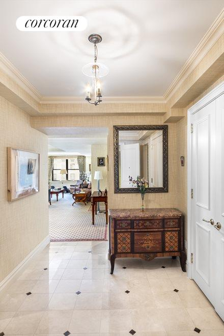 New York City Real Estate | View 610 Park Avenue, #9C | Foyer