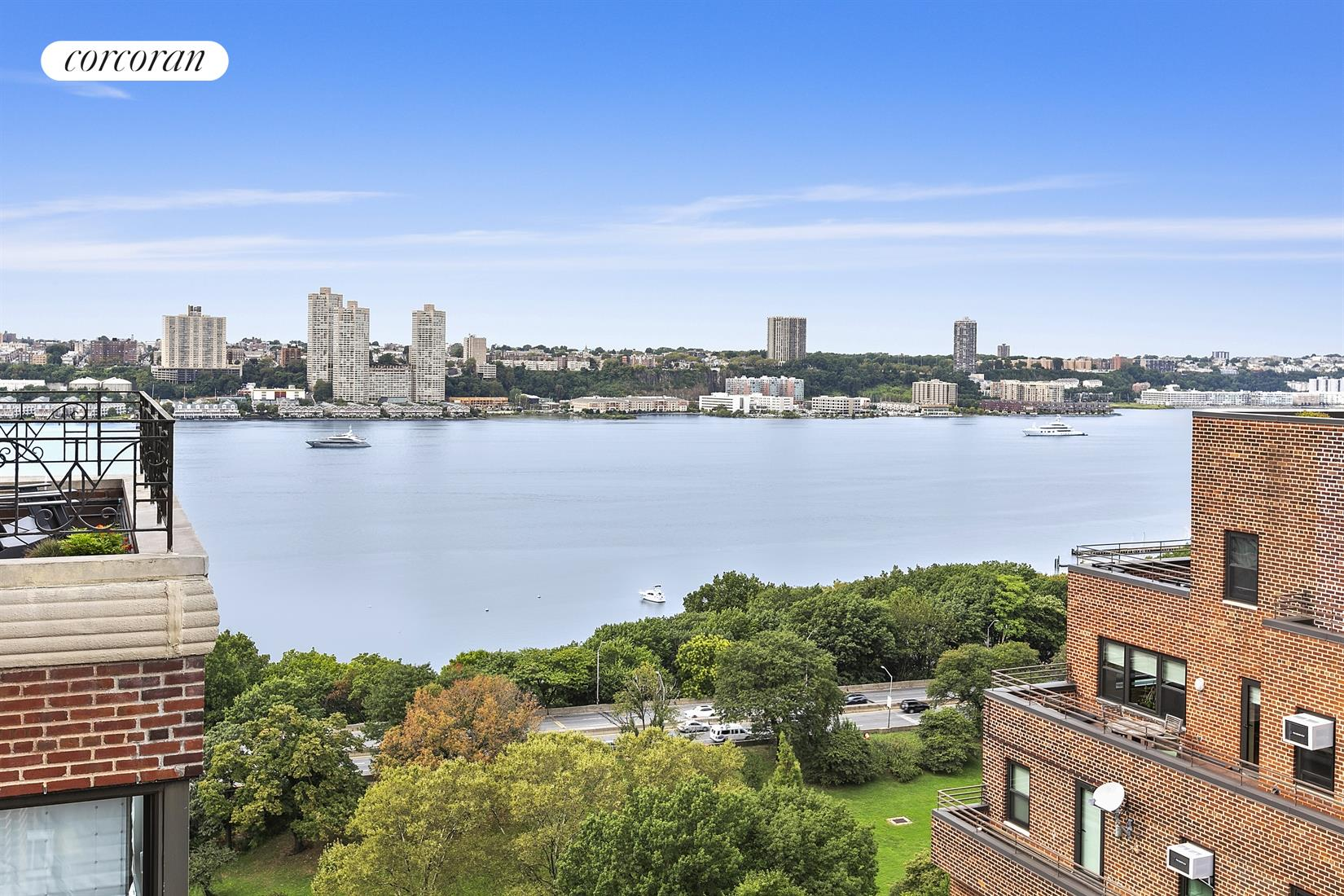 5 Riverside Drive, 19D, Expansive living area leading to terrace