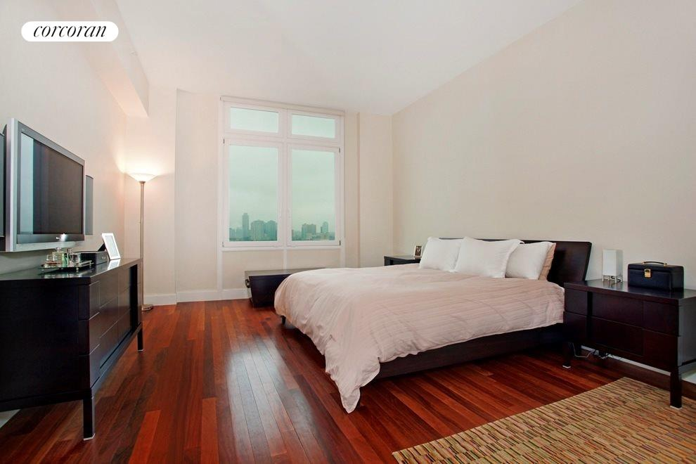 Over-Sized Master Bedroom with Direct River Views
