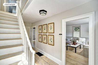 The Hamptons Real Estate | View 16 Jefferson St | room 2