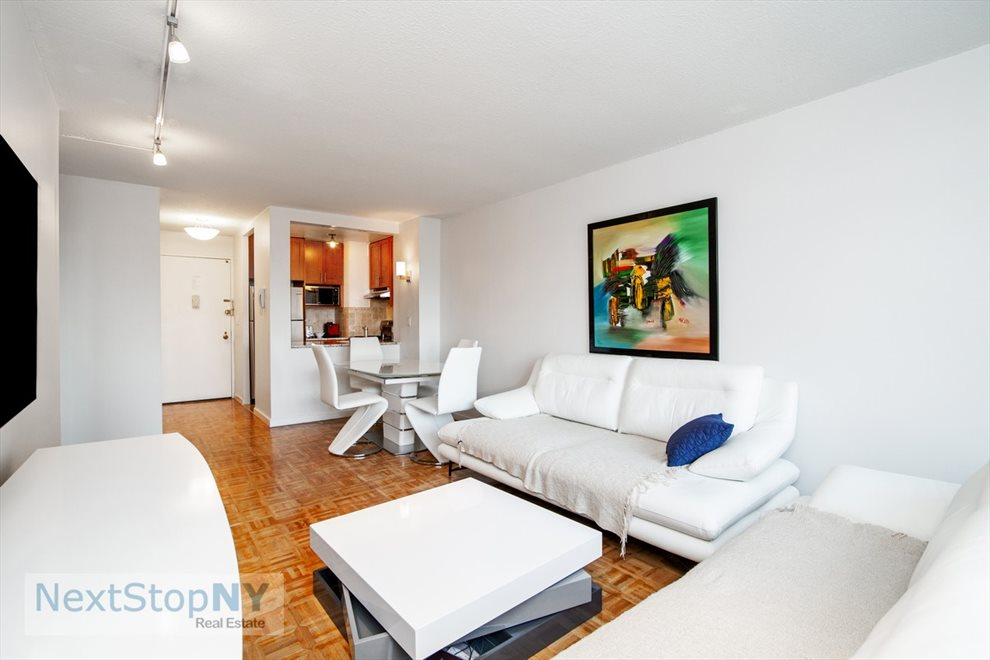 New York City Real Estate | View East 54th Street | room 1