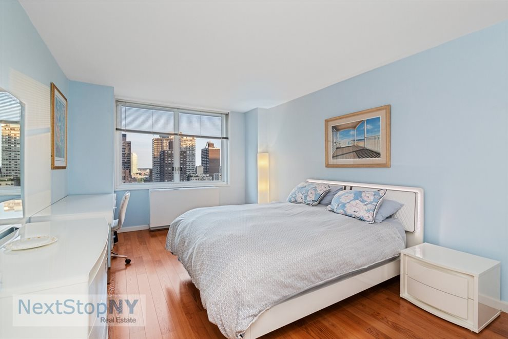New York City Real Estate | View East 54th Street | room 2