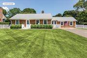 Central Bridgehampton - Newly Renovated, Bridgehampton