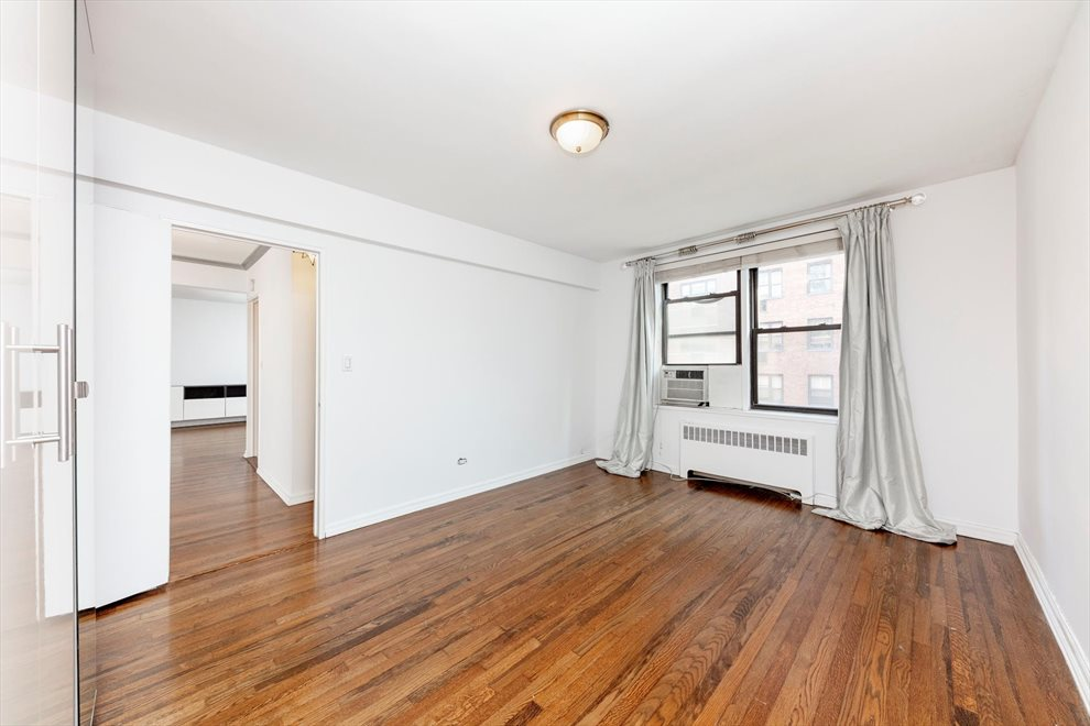 New York City Real Estate | View East 9th Street | room 6