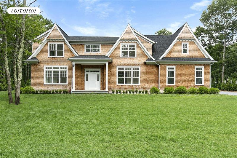 109 Montauk Blvd, East Hampton