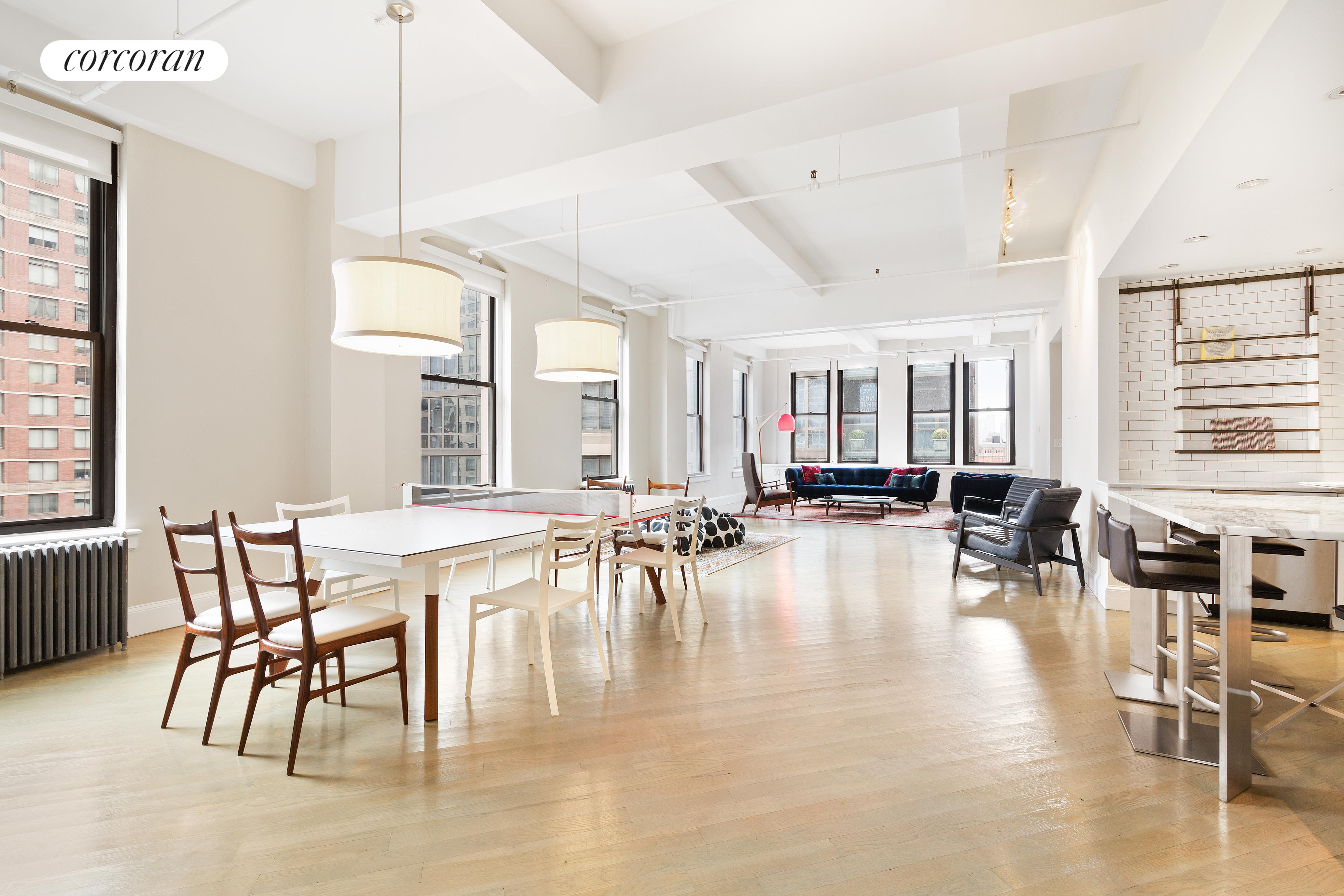 110 West 25th Street, 11 FL, Living Room