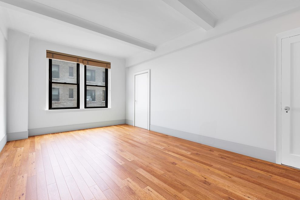New York City Real Estate | View West End Avenue | room 4