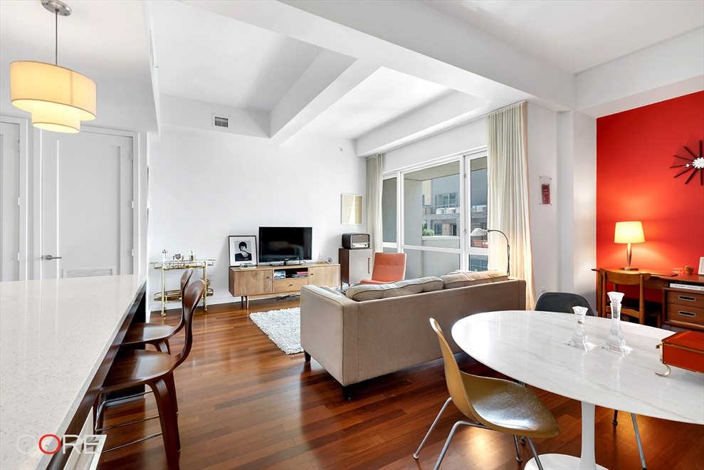 New York City Real Estate | View North 10th Street | room 6