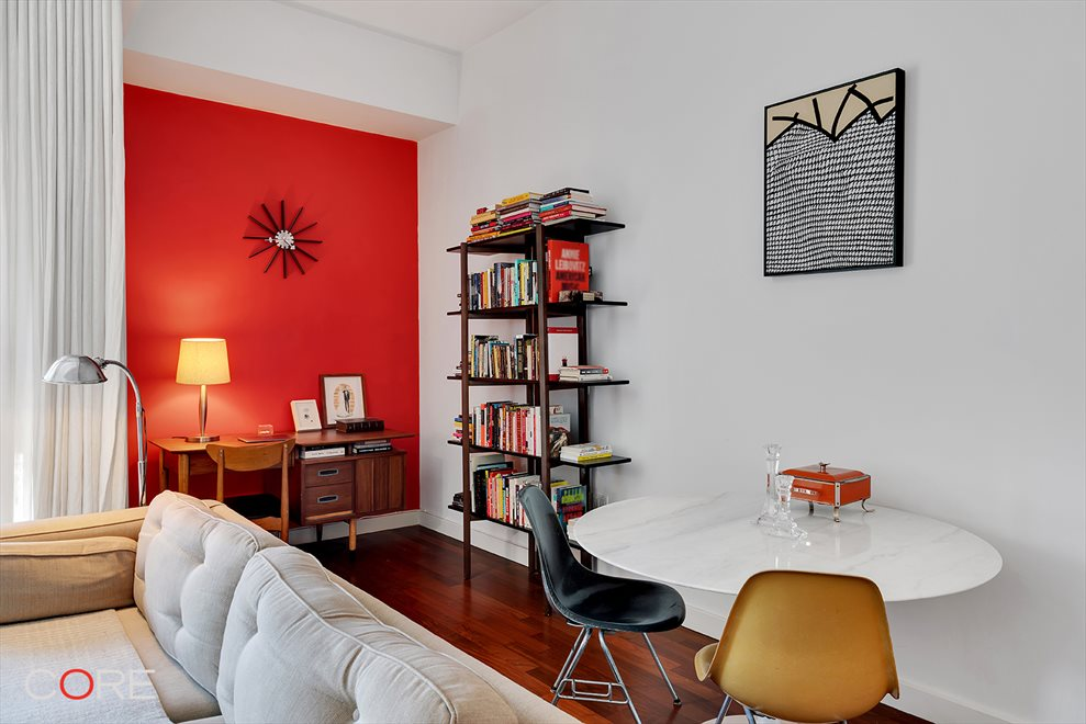 New York City Real Estate | View North 10th Street | room 7