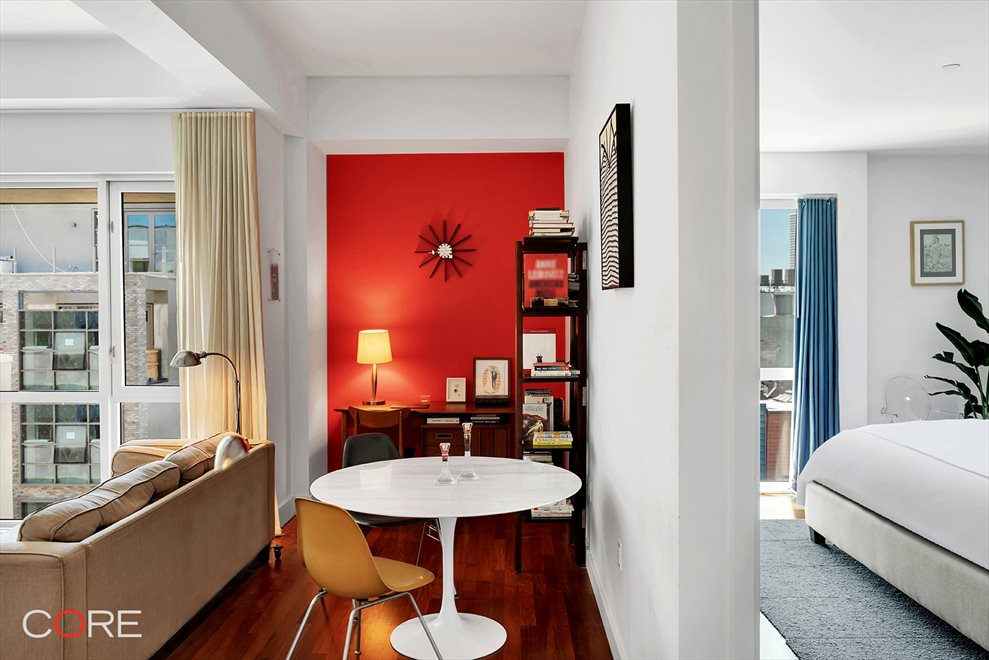 New York City Real Estate | View North 10th Street | room 9