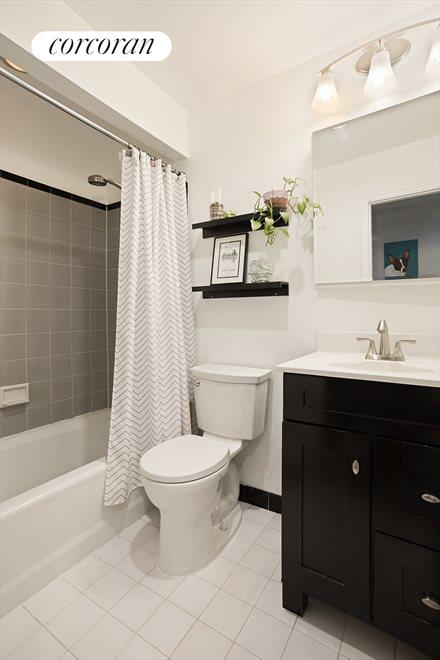 New York City Real Estate | View 426 13th Street, #2D | Modern Bath