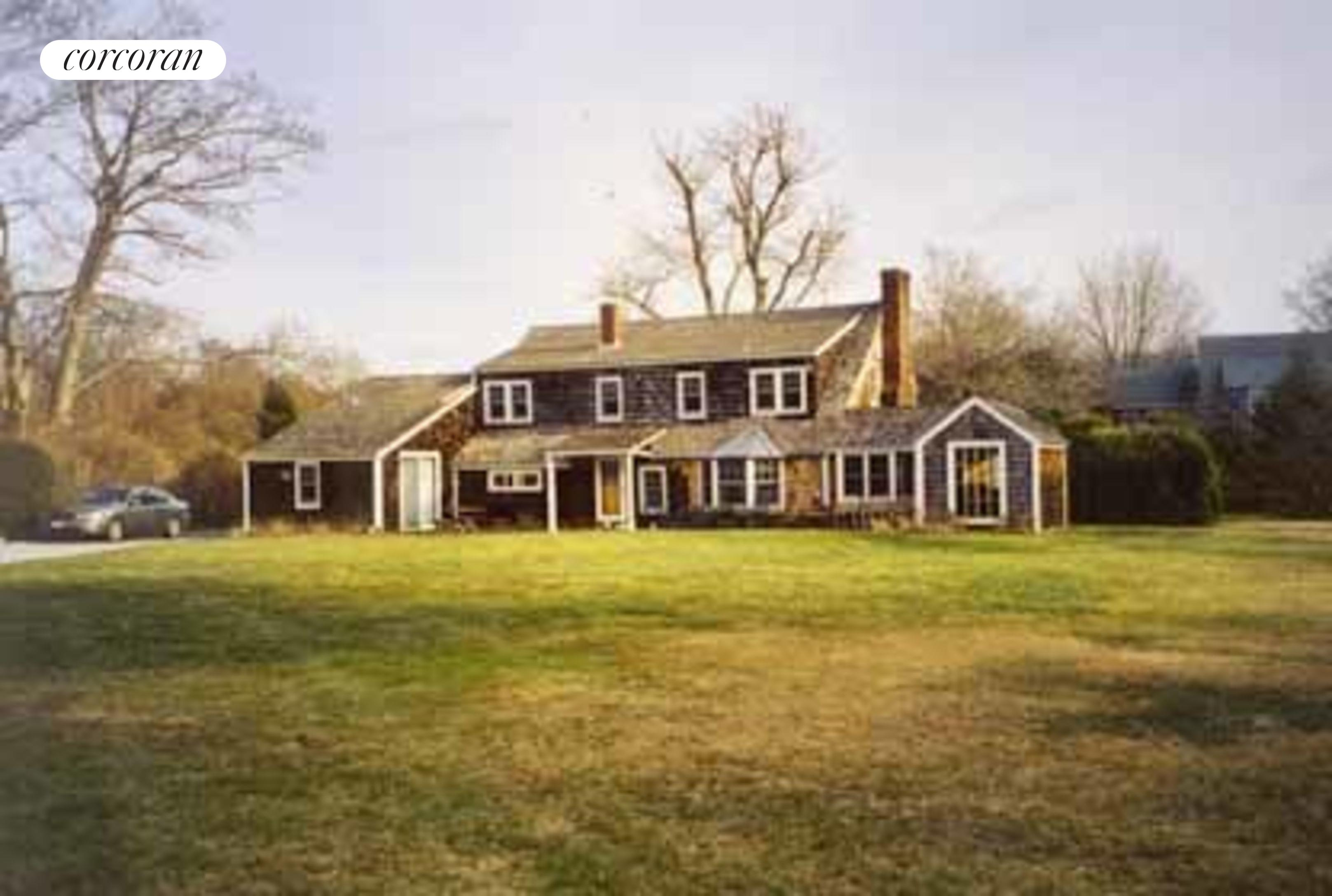 East Hampton, Select a Category