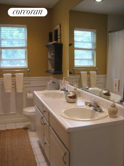 The Hamptons Real Estate | View 15 Country Ln | Master bathroom upstairs