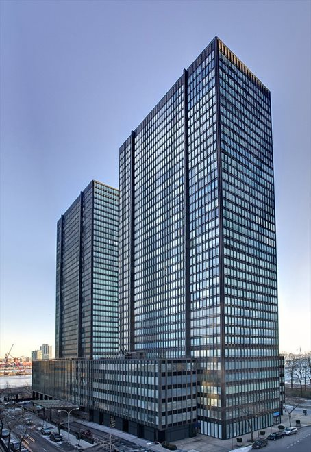 iconic glass building by Harrison & Abramowitz