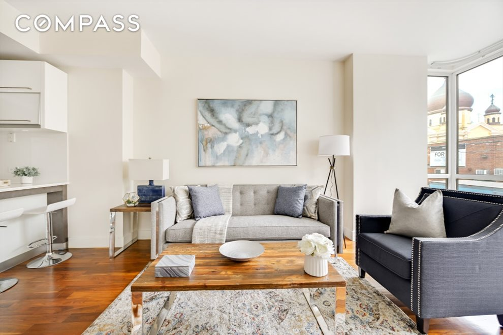 New York City Real Estate | View North 11th Street | room 8