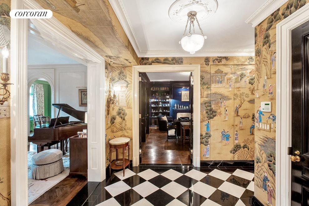 New York City Real Estate | View 1067 Fifth Avenue, #2 | Foyer