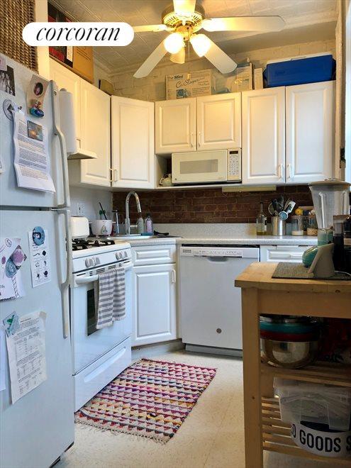 Kitchen Before Reno