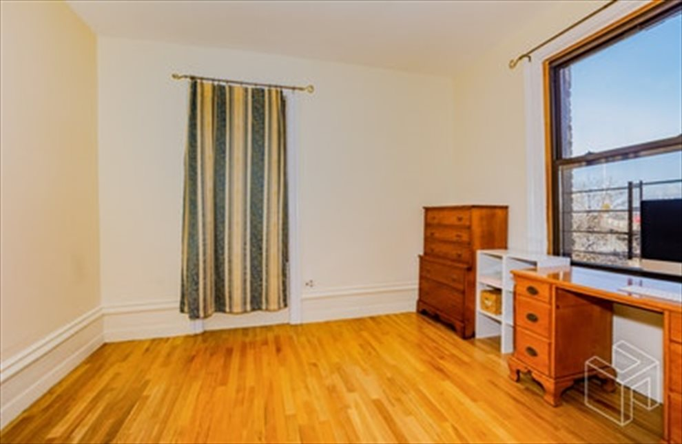 New York City Real Estate | View West 179th Street | room 19