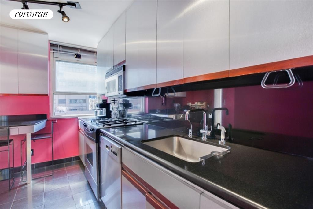 Apartment for sale at 200 East 58th Street, Apt 18C