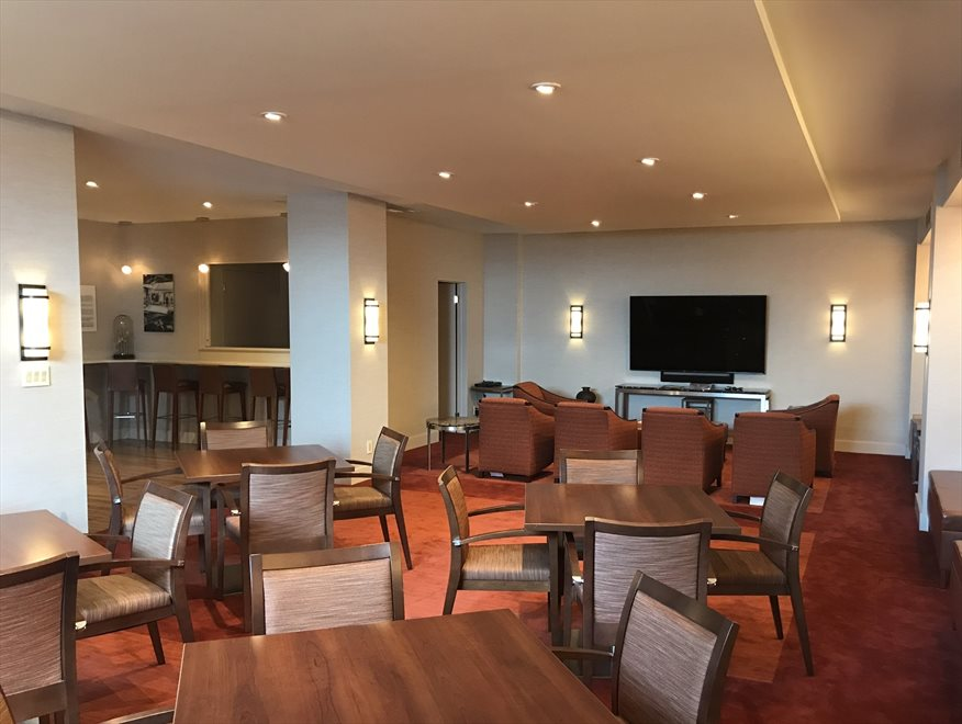 club 39 - lounge and entertainment center