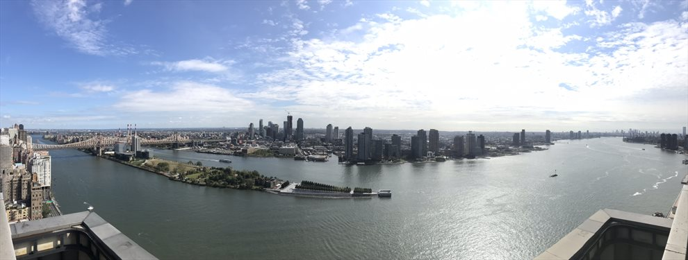 panoramic views from common roofdeck