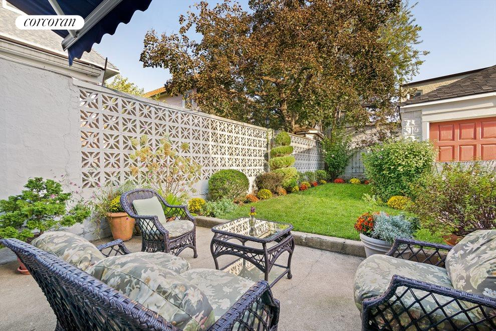 Backyard Garden, Lawn & Garage
