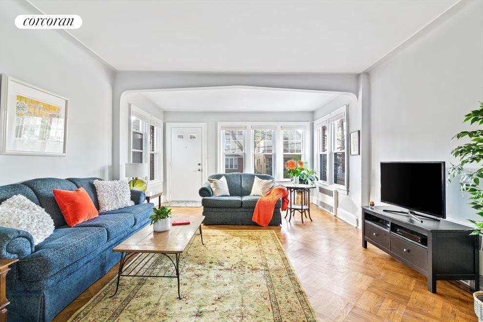 South-Facing Living Room