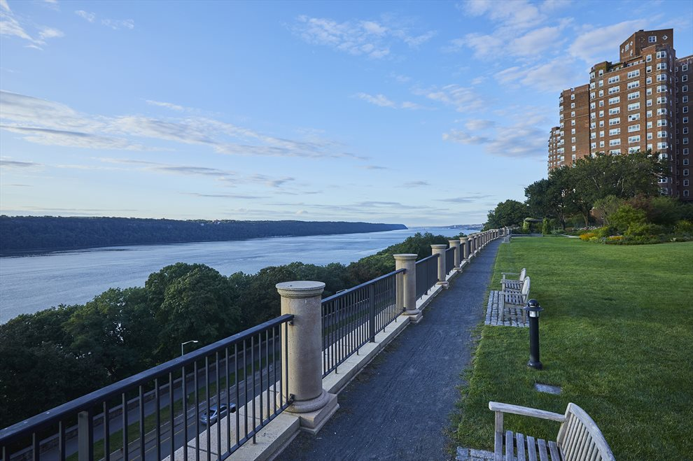 New York City Real Estate | View 200 Cabrini Boulevard, #82 | room 18