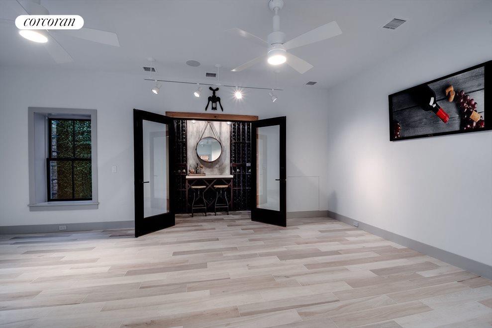 Bonus room - for gym, play room or yoga studio